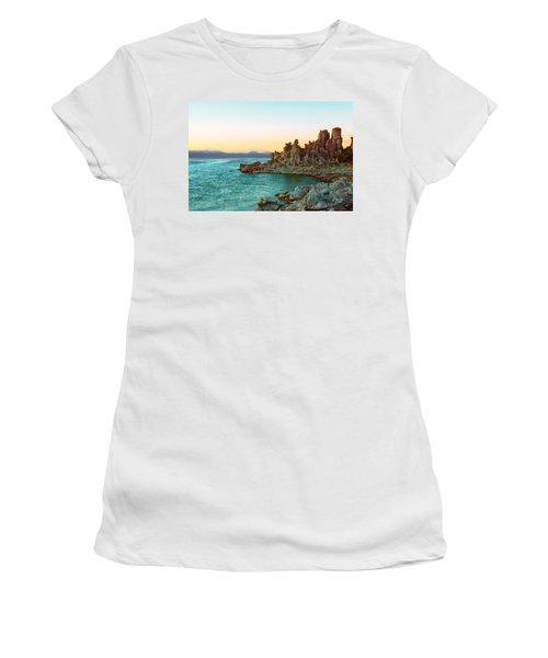 Pastel Tufas Women's T-Shirt