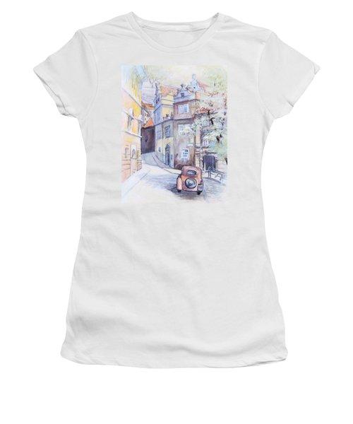 Prague Golden Well Lane Women's T-Shirt (Athletic Fit)