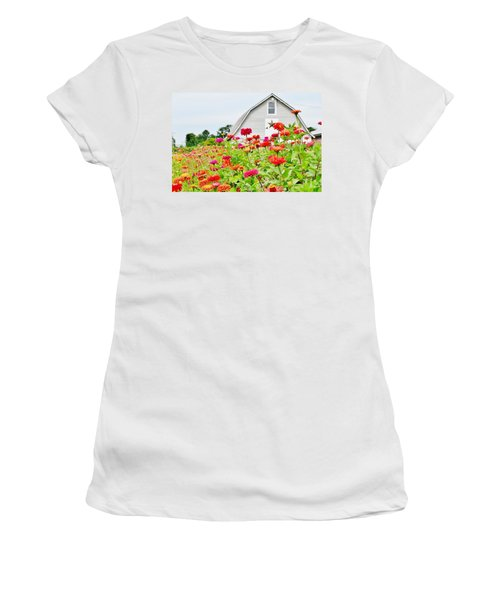 Raising Zinnia Flowers - Delaware Women's T-Shirt