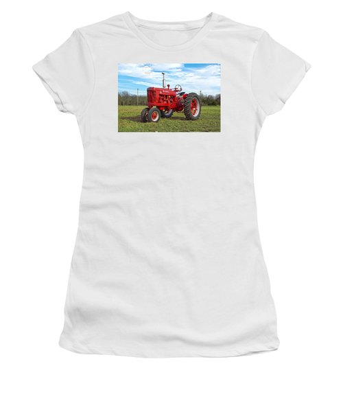 Restored Farmall Tractor Women's T-Shirt (Athletic Fit)