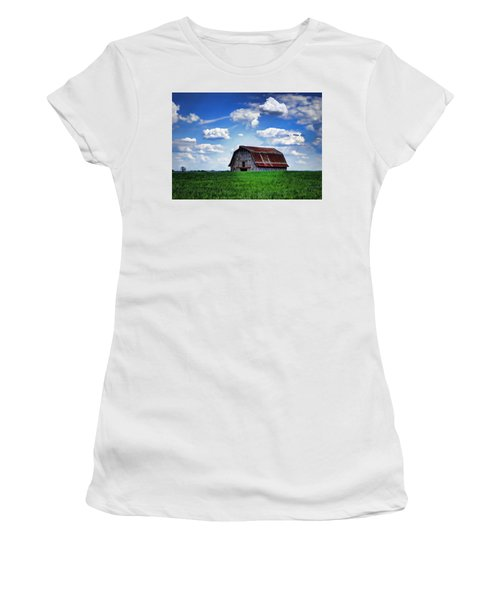 Riverbottom Barn Against The Sky Women's T-Shirt (Athletic Fit)