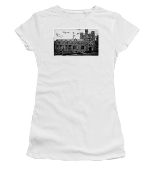 Rockefeller Hall - Bryn Mawr In Black And White Women's T-Shirt