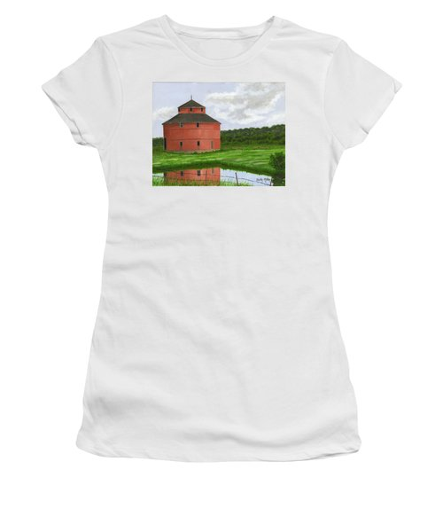 Round Barn Women's T-Shirt