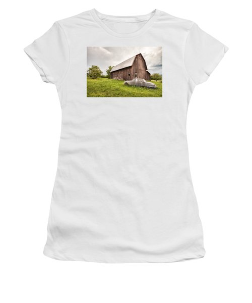 Rustic Art - Old Car And Barn Women's T-Shirt