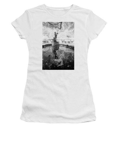 Secret Garden Ir Women's T-Shirt