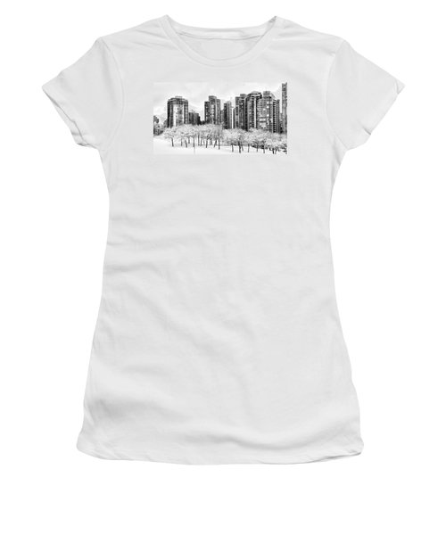Snow In The City Women's T-Shirt (Athletic Fit)