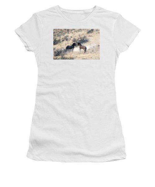 Stand-off Women's T-Shirt