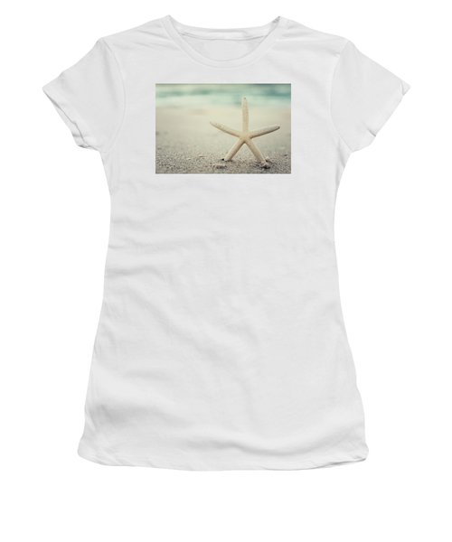 Starfish On Beach Vintage Seaside New Jersey  Women's T-Shirt (Athletic Fit)