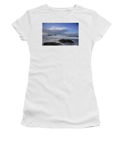 Storm Rolling In Wickaninnish Beach Women's T-Shirt (Junior Cut) by Roxy Hurtubise