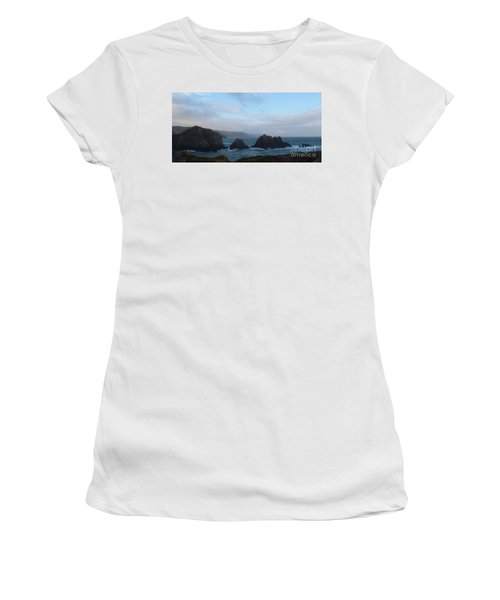 Hartland Quay Storm Women's T-Shirt (Athletic Fit)