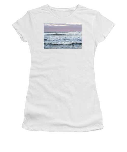 Summer Waves Seaside New Jersey Women's T-Shirt (Athletic Fit)