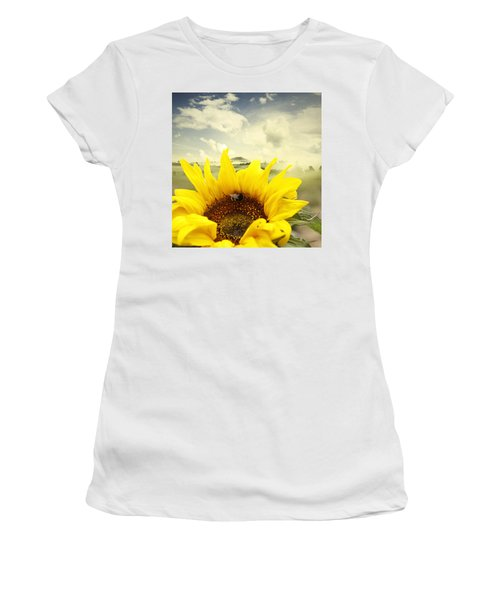 The Bee Women's T-Shirt