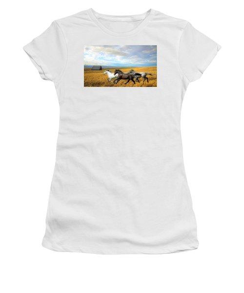 The Race Women's T-Shirt (Athletic Fit)