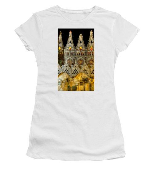 Three Tiers - Sagrada Familia At Night - Gaudi Women's T-Shirt (Athletic Fit)