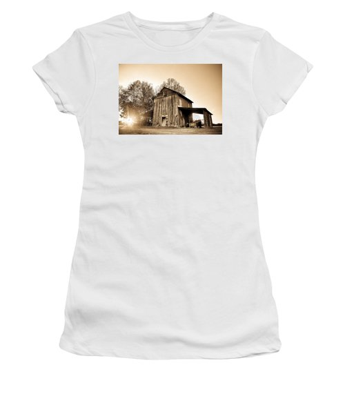Tobacco Barn In Sunset Women's T-Shirt (Athletic Fit)