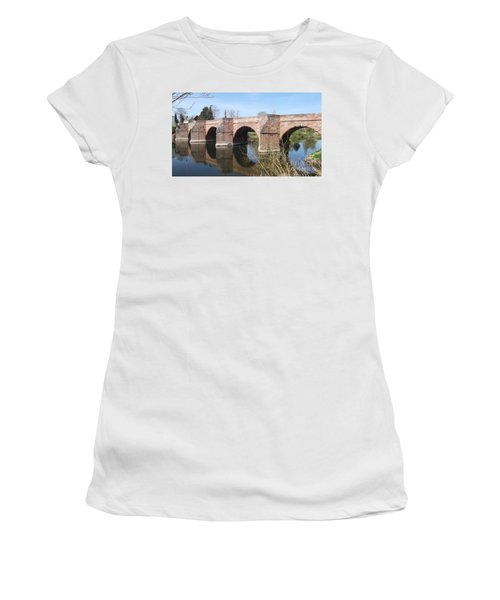 Under The Arches Women's T-Shirt (Athletic Fit)