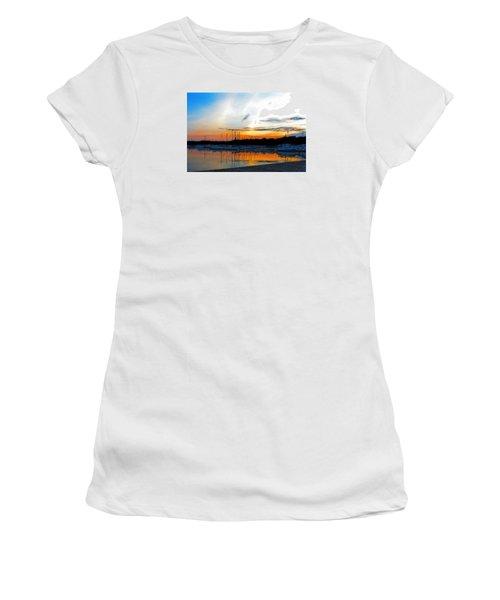 When The Sun Goes Down Women's T-Shirt (Junior Cut) by Susan  McMenamin