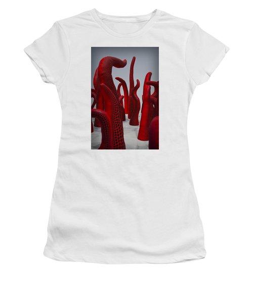 Yayoi Kusama Women's T-Shirt (Athletic Fit)