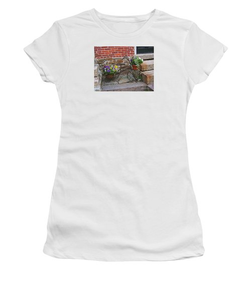 Flower Bicycle Basket Women's T-Shirt (Athletic Fit)