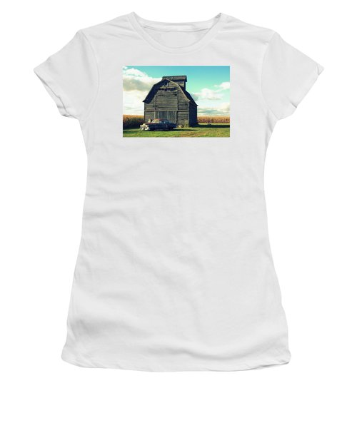 1950 Cadillac Barn Cornfield Women's T-Shirt (Athletic Fit)