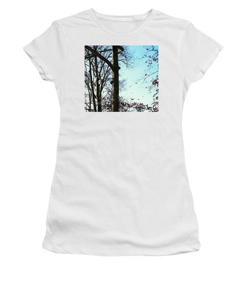 Women's T-Shirt (Junior Cut) featuring the photograph Crows In For Landing by Pamela Hyde Wilson