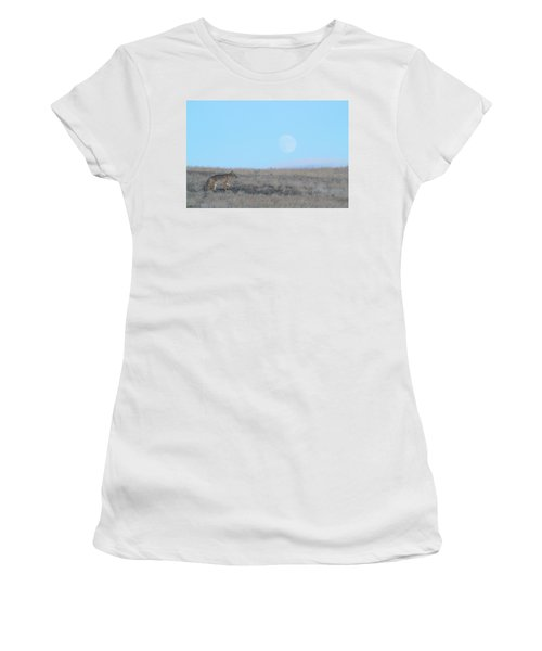 Early Hunt Women's T-Shirt (Athletic Fit)
