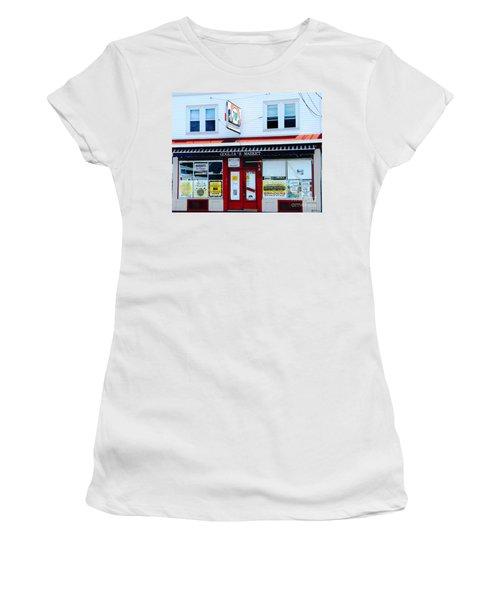 Goglias Market Bristol Ri Women's T-Shirt