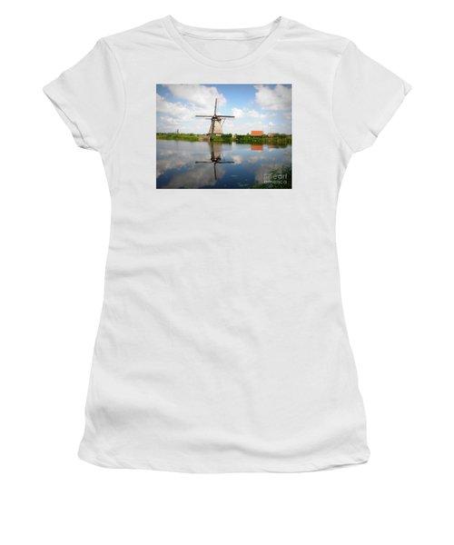 Kinderdijk Windmill Women's T-Shirt