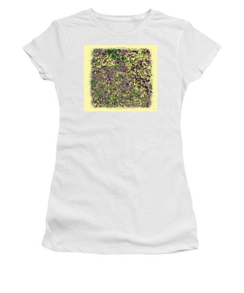 Lavish Leaves 6 Women's T-Shirt