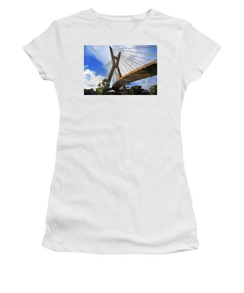 Ponte Estaiada Octavio Frias De Oliveira Ao Cair Da Tarde Women's T-Shirt