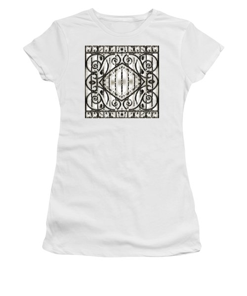 Snowy Forms Women's T-Shirt