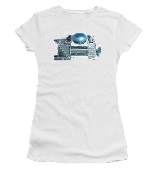 The Big Squeeze  Women's T-Shirt