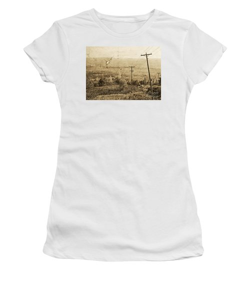 Vintage View Of Ontario Fields Women's T-Shirt