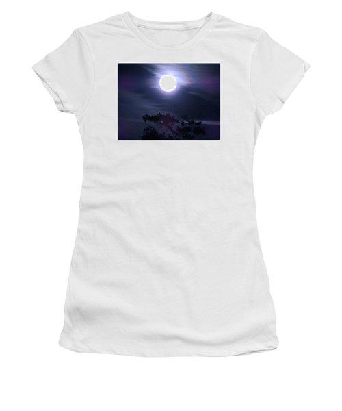 Full Moon Falling Women's T-Shirt