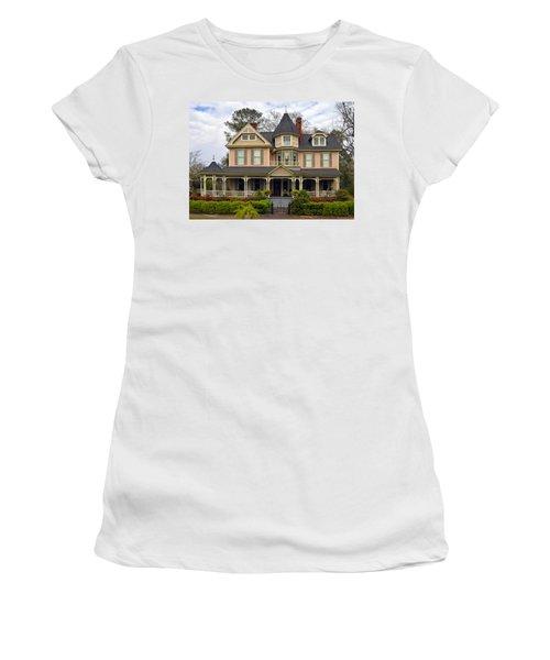 Peach Bainbridge Beauty Women's T-Shirt (Athletic Fit)