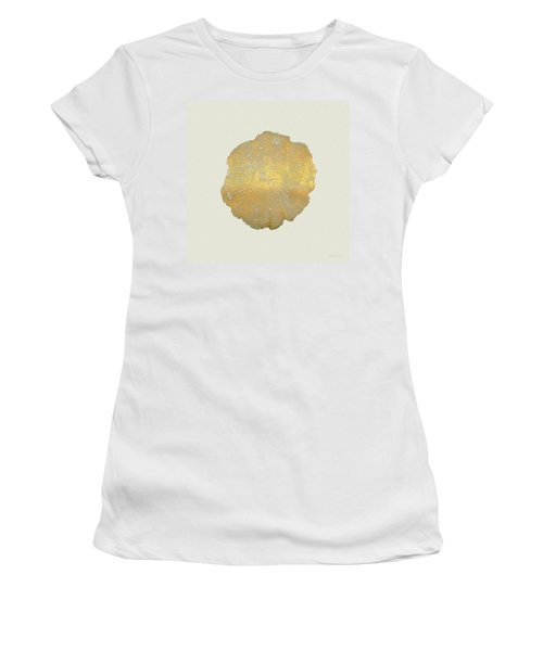 Rings Of A Tree Trunk Cross-section In Gold On Linen  Women's T-Shirt