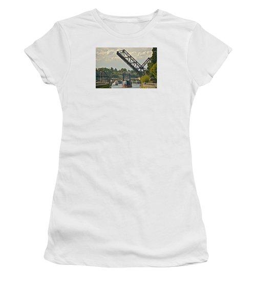 Ballard Locks Women's T-Shirt