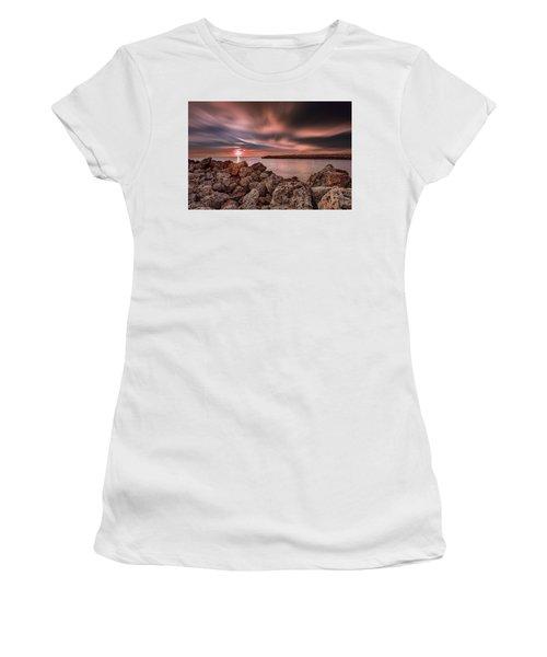 Sunst Over The Ocean Women's T-Shirt
