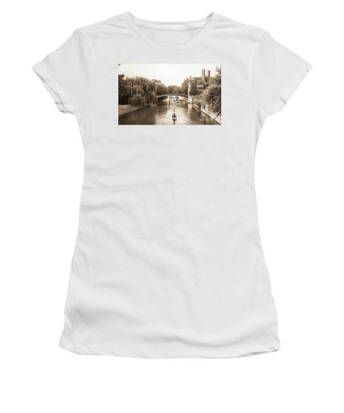 Cambridge River Punting Women's T-Shirt (Junior Cut) by Eden Baed