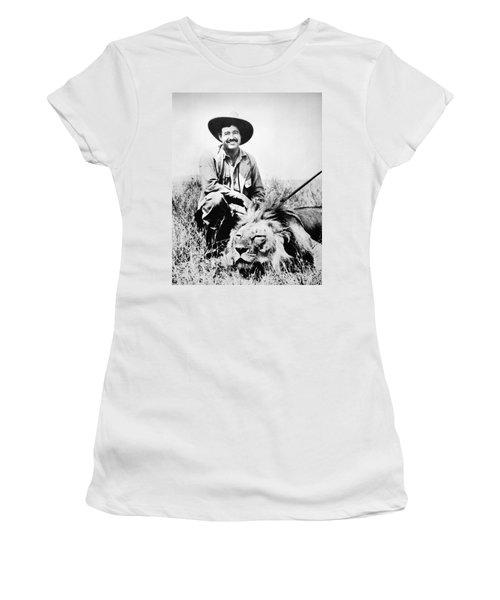 Ernest Hemingway Women's T-Shirt