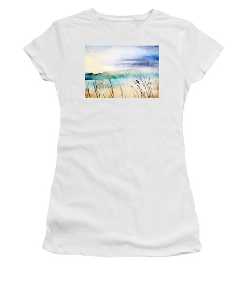 A Bird In Swamp Women's T-Shirt (Athletic Fit)
