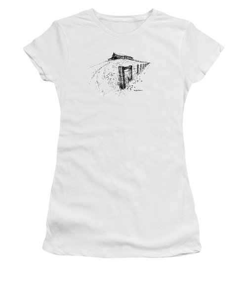 A Strong Fence And Weak Barn Women's T-Shirt