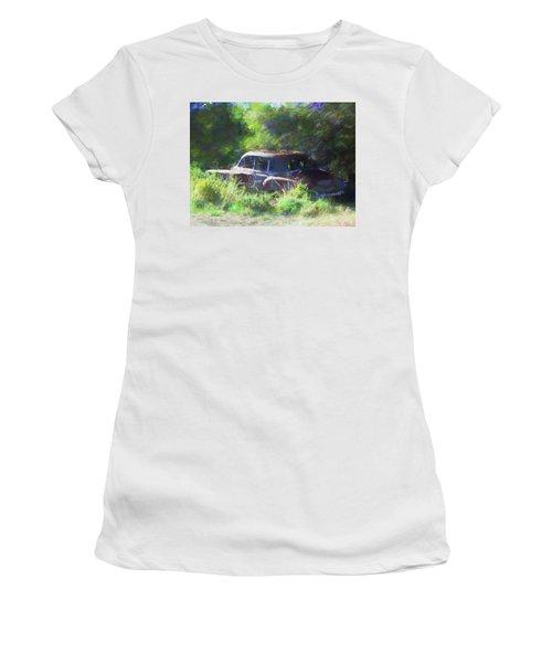 Abandoned 1950 Chevy Dop Women's T-Shirt