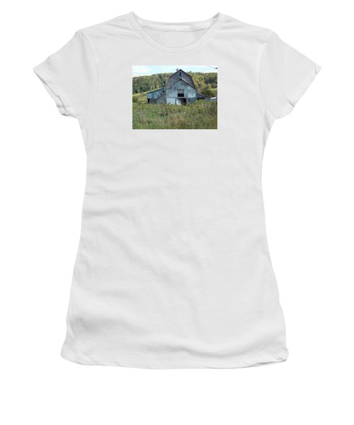 Abandoned Barn Women's T-Shirt (Junior Cut) by Catherine Gagne