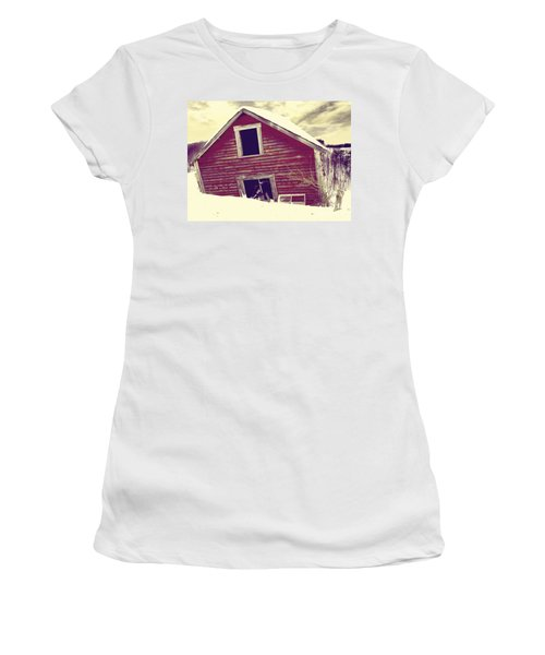 Abandoned Barn Women's T-Shirt
