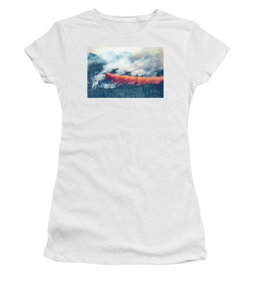 Air Tanker On Crow Peak Fire Women's T-Shirt