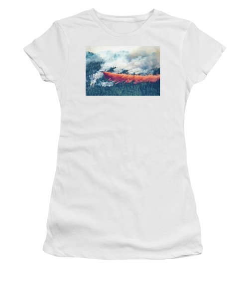 Air Tanker On Crow Peak Fire Women's T-Shirt (Athletic Fit)