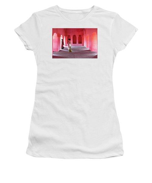 Alcoves Women's T-Shirt