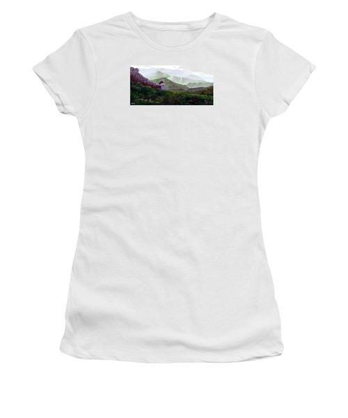 Antonio Atop La Rocca De Monte Calvo Women's T-Shirt (Athletic Fit)