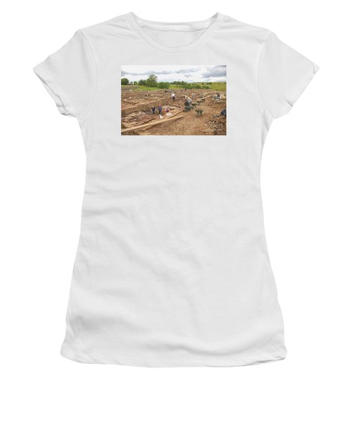 Archaeologists At Work At Roman Vindolanda Women's T-Shirt (Athletic Fit)